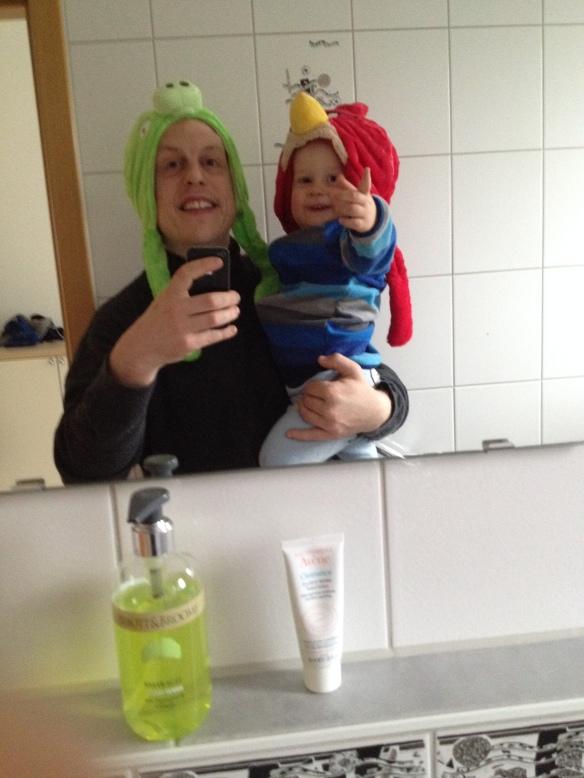 Felix und Uwe wünschen Happy Angry Christmas